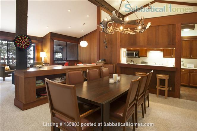 Lakefront Lake Tahoe Home Rental in Tahoe City, California, United States 4