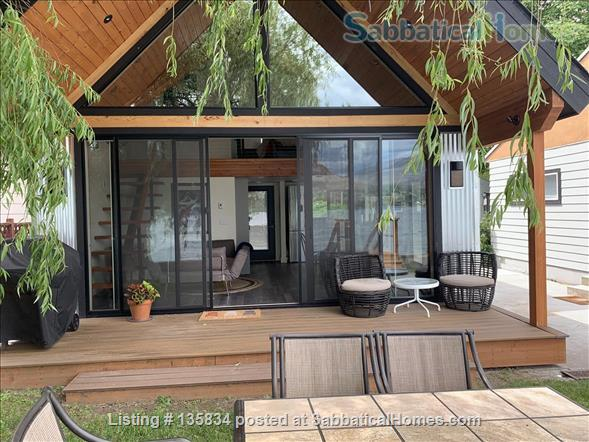 Chalet on Lake Osoyoos Home Rental in Oroville, Washington, United States 9