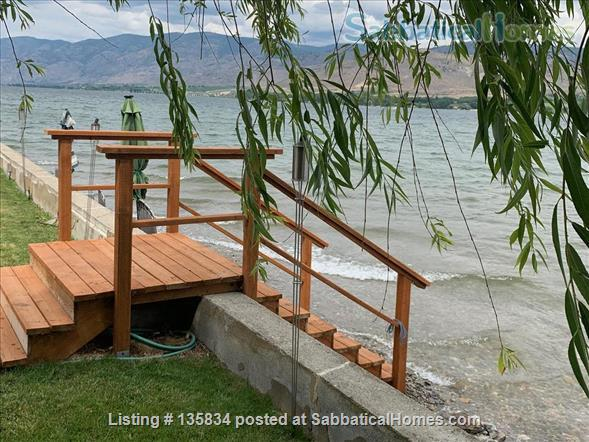 Chalet on Lake Osoyoos Home Rental in Oroville, Washington, United States 0