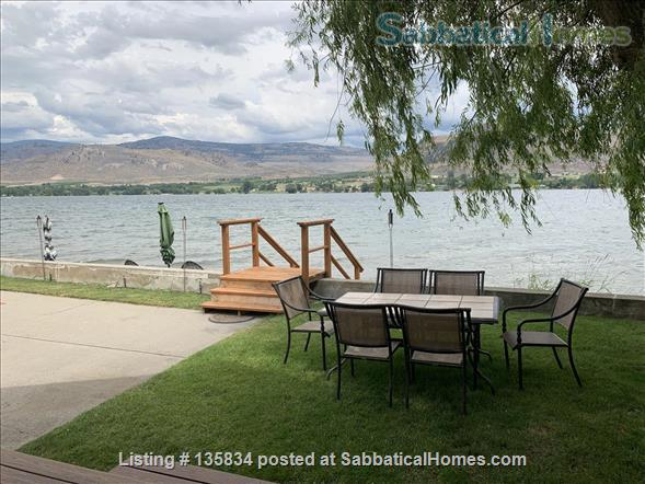 Chalet on Lake Osoyoos Home Rental in Oroville, Washington, United States 2