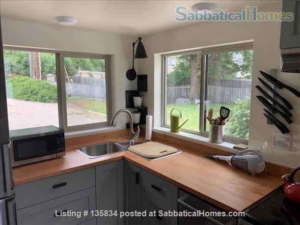 Chalet on Lake Osoyoos Home Rental in Oroville, Washington, United States 4