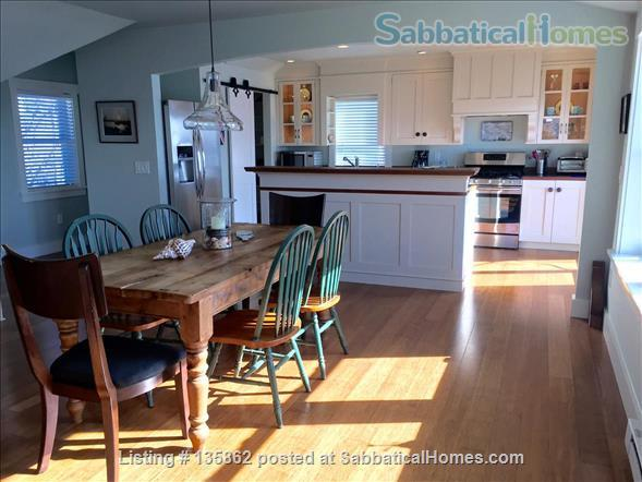 Stunning Waterviews, Mango Sunsets at ShipsBridge Home Rental in Tiverton, Rhode Island, United States 2