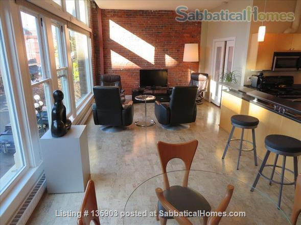 Modern Living in Victoria's Historical Downtown Home Rental in Victoria, British Columbia, Canada 2