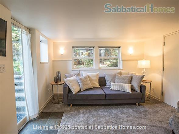 Light, Stylish Suite in Private Phinney Home Home Rental in Seattle, Washington, United States 1