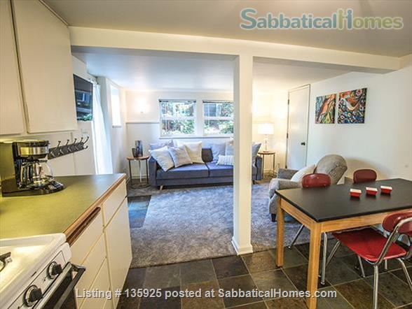 Light, Stylish Suite in Private Phinney Home Home Rental in Seattle, Washington, United States 3
