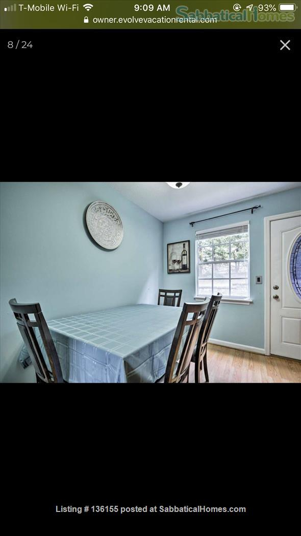 Awesome townhouse  Home Rental in Chapel Hill, North Carolina, United States 0