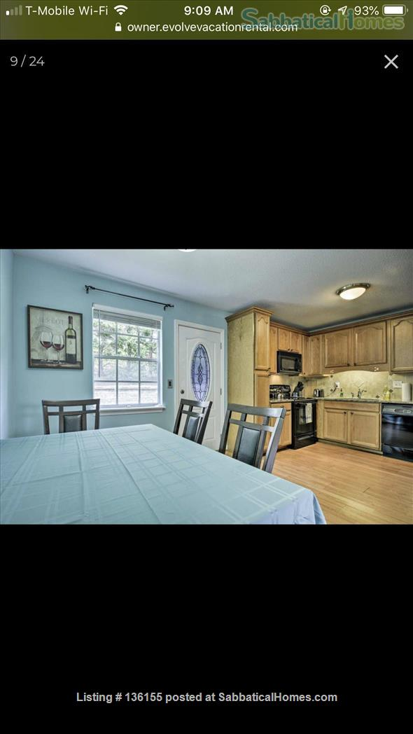 Awesome townhouse  Home Rental in Chapel Hill, North Carolina, United States 2