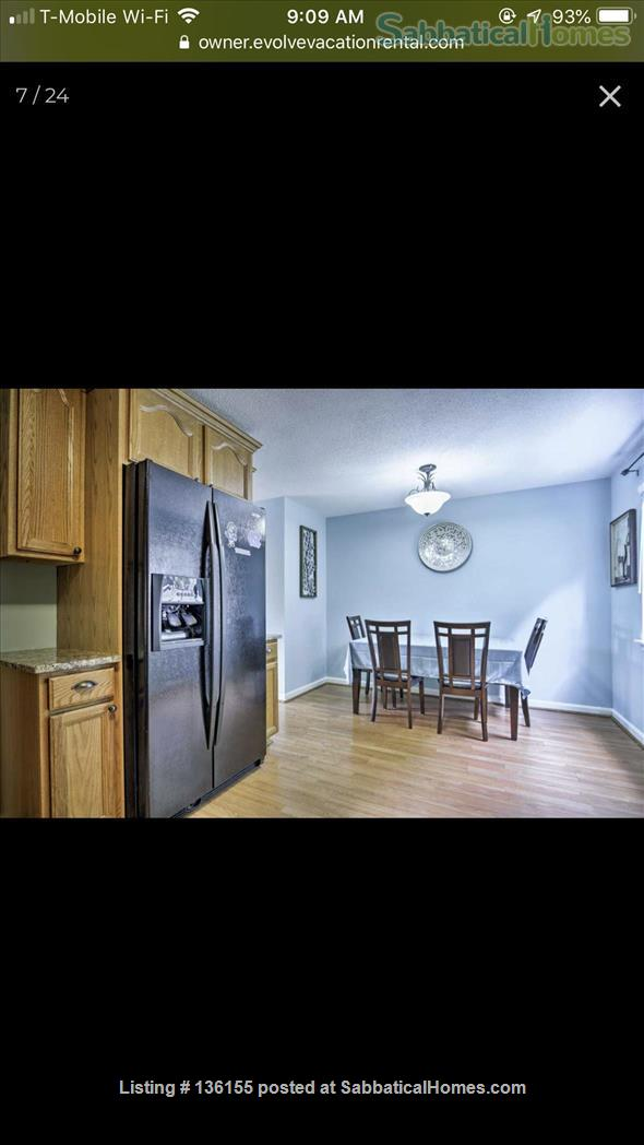 Awesome townhouse  Home Rental in Chapel Hill, North Carolina, United States 4