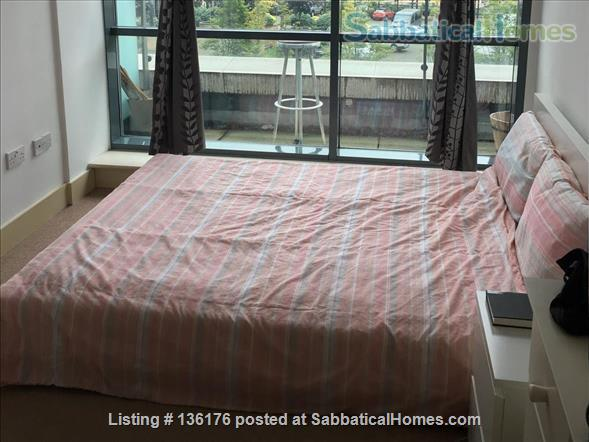 Penthouse with balcony, dishwasher, 24 hour security Home Rental in Isle of Dogs, England, United Kingdom 5