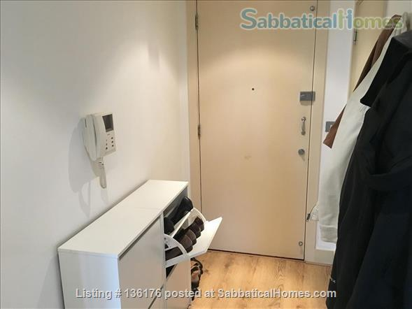 Penthouse with balcony, dishwasher, 24 hour security Home Rental in Isle of Dogs, England, United Kingdom 7