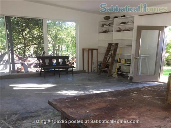 Mid century modern home with artist studio and ocean view-South Dartmouth, MA Home Rental in Providence, Rhode Island, United States 8
