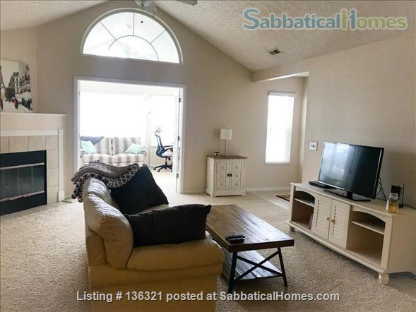 Spacious 2-bed, 2-bath condo in New Albany, all utilities included Home Rental in New Albany, Ohio, United States 2