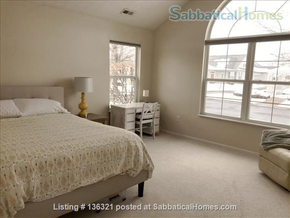 Spacious 2-bed, 2-bath condo in New Albany, all utilities included Home Rental in New Albany, Ohio, United States 6