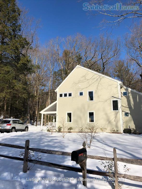 Gorgeous Newbuild 1 BR/2 BA on Wooded 4-Acre Cul de Sac  (Optional additional BR/BA) Home Rental in Hamden, Connecticut, United States 1