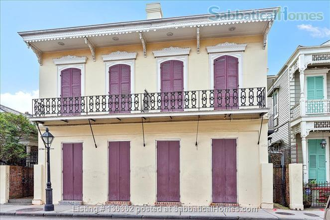 Updated 1-bed condo with pool on quiet end of French Quarter Home Rental in New Orleans, Louisiana, United States 1
