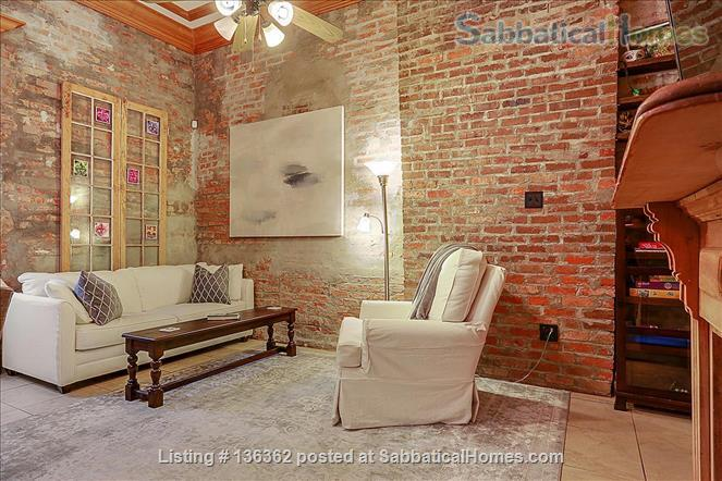 Updated 1-bed condo with pool on quiet end of French Quarter Home Rental in New Orleans, Louisiana, United States 3