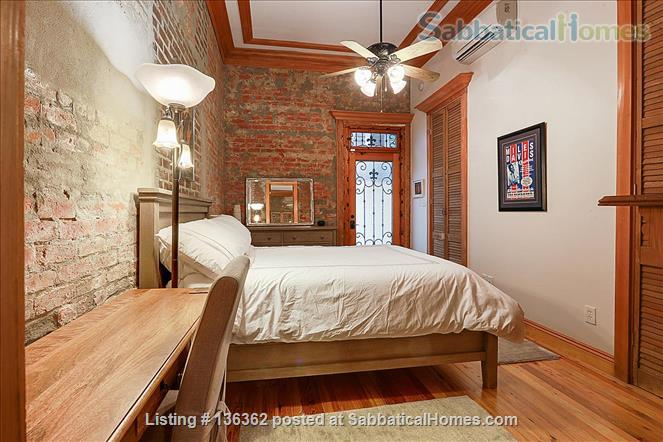 Updated 1-bed condo with pool on quiet end of French Quarter Home Rental in New Orleans, Louisiana, United States 8