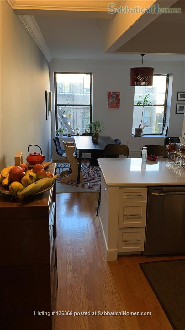3 Bedroom, 2 baths Apartment in New York. 5th Floor. Home Rental in New York 0