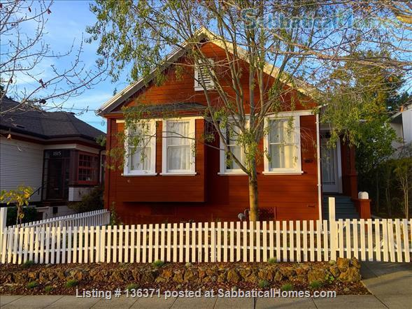 Beautiful, centrally located 3bd/2ba modern Berkeley farmhouse Home Rental in Berkeley, California, United States 0