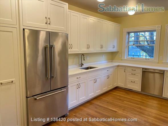Parkside Jamaica Plain Victorian Home Rental in Boston, Massachusetts, United States 3