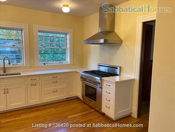 Parkside Jamaica Plain Victorian Home Rental in Boston, Massachusetts, United States 2