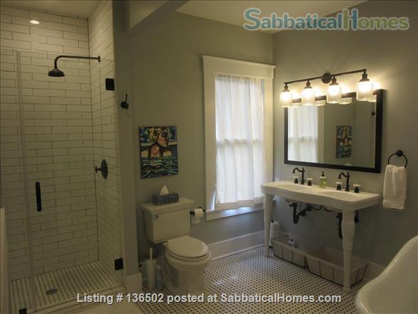 3 Bedroom/2 Bath Craftsman Cottage  Home Rental in Savannah, Georgia, United States 4