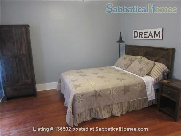 3 Bedroom/2 Bath Craftsman Cottage  Home Rental in Savannah, Georgia, United States 5