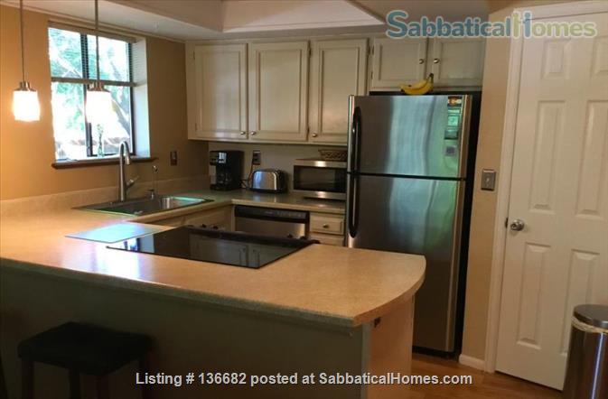 2 bdrm 2 bath fully furnished with park, pool, garage Home Rental in Boulder, Colorado, United States 1