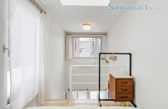 Microhouse - Condo in the heart of Little Italy December 1 - March 1, 2021 Home Rental in Montreal, Quebec, Canada 5