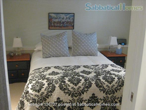 Rebekah and Malcolm's Garden Suite Home Rental in Vancouver, British Columbia, Canada 9