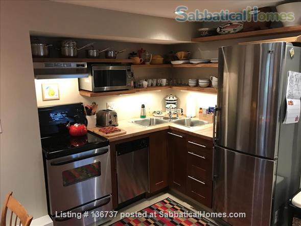Rebekah and Malcolm's Garden Suite Home Rental in Vancouver, British Columbia, Canada 4