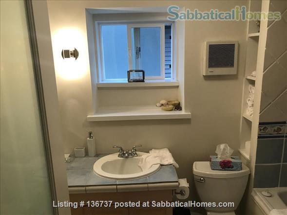 Rebekah and Malcolm's Garden Suite Home Rental in Vancouver, British Columbia, Canada 7