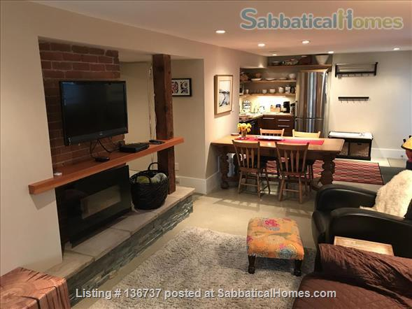 Rebekah and Malcolm's Garden Suite Home Rental in Vancouver, British Columbia, Canada 8
