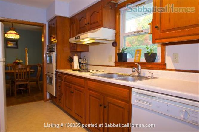 Central to enjoy all Burlington has to offer Home Rental in Burlington, Vermont, United States 0