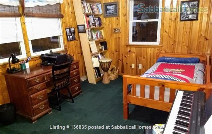 Central to enjoy all Burlington has to offer Home Rental in Burlington, Vermont, United States 6