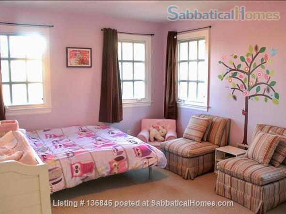Spacious & Furnished Upper Rockridge Home for 1-year rental Home Rental in Oakland, California, United States 7