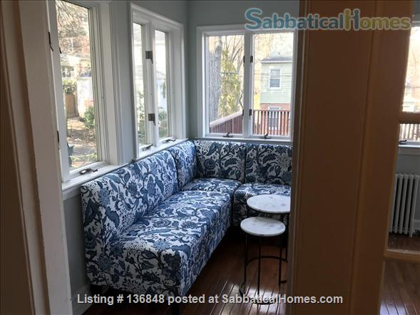 Updated, All-Inclusive, Recently Furnished Chevy Chase DC Townhouse near shops, restaurants, and bookstore Home Rental in Washington, District of Columbia, United States 5