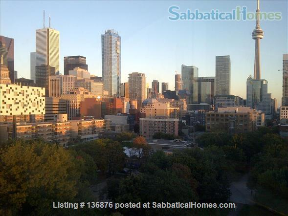 Welcome Home! Your base in the vibrant Heart of Toronto City Life Home Rental in Toronto, Ontario, Canada 8