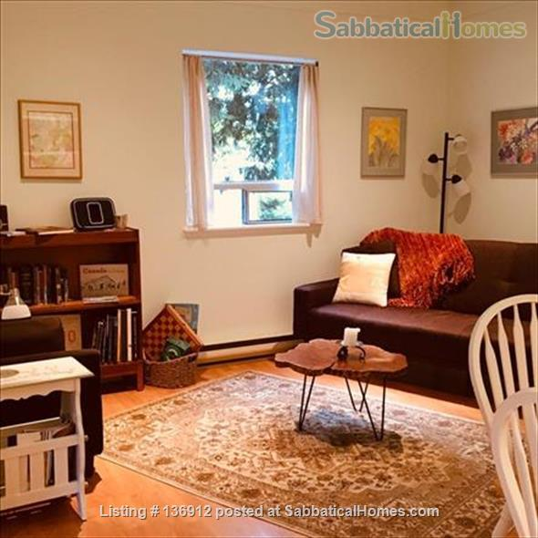 Private and Peaceful Cottage on Salt Spring Island Home Rental in Ganges, British Columbia, Canada 3