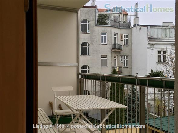 Beautiful sunny apartment with balcony in a great location Home Rental in Vienna, Wien, Austria 8