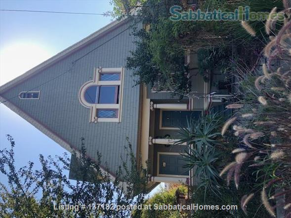 Loft-style one bedroom  Home Rental in Berkeley, California, United States 4