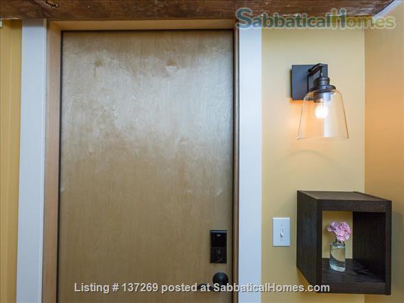 Urban Wine Cellar Retreat Home Rental in Portland, Oregon, United States 6