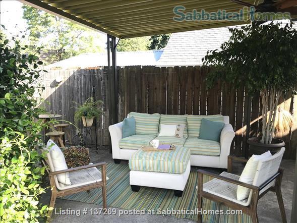 Urban Wine Cellar Retreat Home Rental in Portland, Oregon, United States 8
