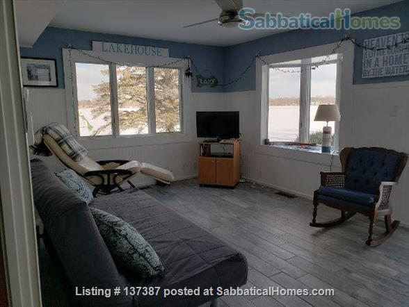 Entire 4 BR furnished waterfront home minutes to Michigan State University Home Rental in Meridian charter Township, Michigan, United States 4