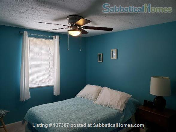 Entire 4 BR furnished waterfront home minutes to Michigan State University Home Rental in Meridian charter Township, Michigan, United States 9