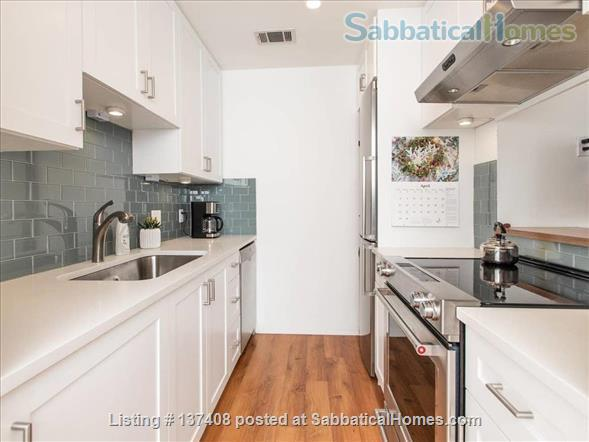 Quaint Condo on Lady Bird Lake, 3 Month Minimum Home Rental in Austin, Texas, United States 0