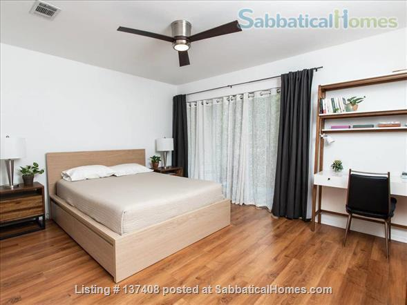 Quaint Condo on Lady Bird Lake, 3 Month Minimum Home Rental in Austin, Texas, United States 4