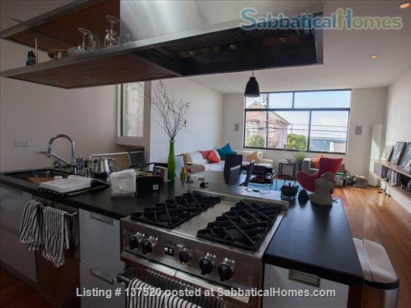 Two story home, near Berkeley marina Home Rental in Berkeley, California, United States 1