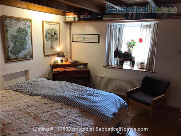 Writer's Paradise on the Wild Atlantic Way  Home Rental in Dunnycove, County Cork, Ireland 3