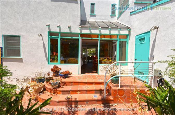 Writers Retreat on Catalina Island (off the coast of Los Angeles) Home Rental in Santa Catalina Island, California, United States 6